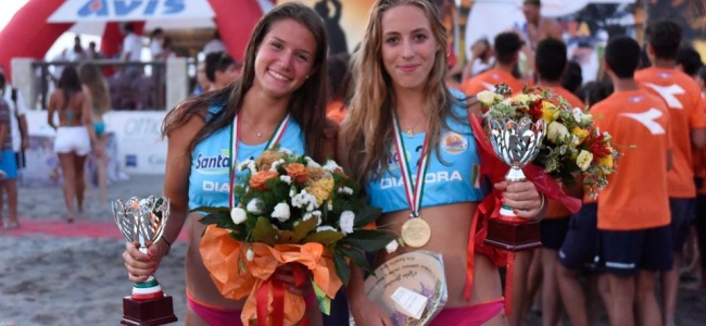 31-08-2016: #beabeacher - Reka Orsi Toth porta in Puglia lo scudetto U19F di Beach Volley